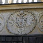 Двуглавый орел на воротах подебрадского замка