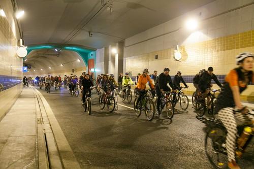 Большой весенний велопробег в Праге 2015, туннель Бланка / Velká jarní cyklojízda 2015, tunel Blanka